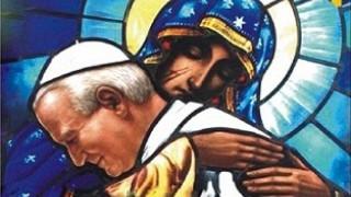 Desde la ventana del Cielo, donde te vemos junto a María, la oración a San Juan Pablo II