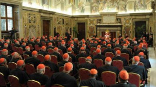 Sigue a la expectativa, fecha para elección del nuevo papa